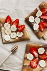 pancakes with banana and strawberries