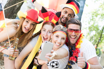 Deutsche Fans Fussball EM WM