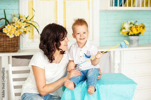 Сын смотрит как мам фото 121-257