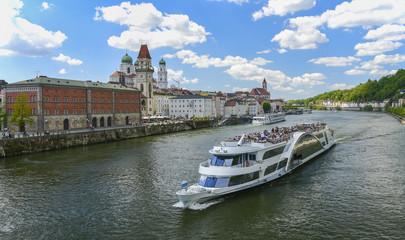 Dreiflüssestadt PASSAU - mit dem Schiff rund um Passau - Donau-Inn-Metropole