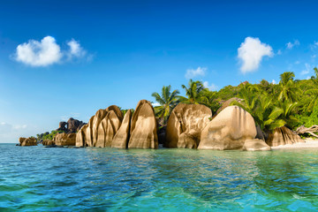 Printed kitchen splashbacks Tropical beach anse source d'argent beach on la digue island in seychelles