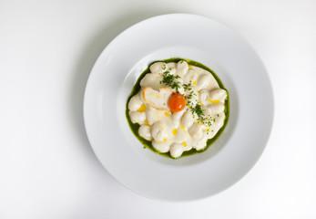 Pasta with crouton and pesto