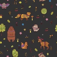 Seamless pattern with doodle forest animals