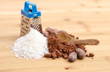 Kokosraspel und Kakaopulver