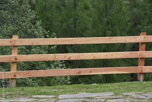 Staccionata staccionate legno falegname orto casa - Staccionate in legno per giardini ...