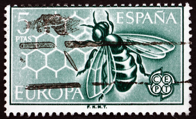 Postage stamp Spain 1962 Bee and Honeycomb