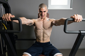 Chest Exercises On A Machine
