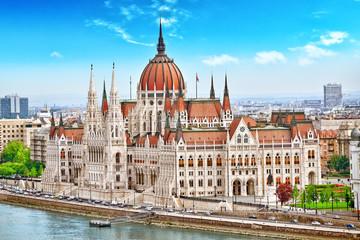 Keuken foto achterwand Boedapest Hungarian Parliament at daytime. Budapest. One of the most beaut