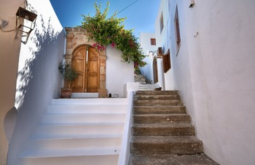 Traditional Greek architecture