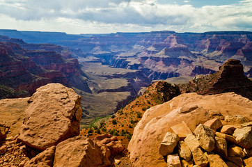 Magnificent Grand Canyon from hiking trail