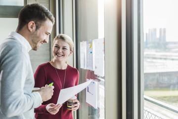 Gemeinsam,arbeiten,Fenster,Zusammenarbeit,ansehen,Zuversicht,Geschäftsbesprechung