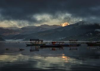 Boot,Abend,Niemand,Gipfel,Wolke,Gebirge,Wasser