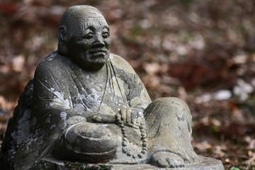 春の箱根仙石原長安寺;五百羅漢像】
