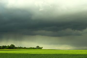 Wolkenbruch über dem Land