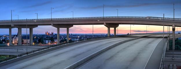 Stadt Autobahn 3D Render und Foto