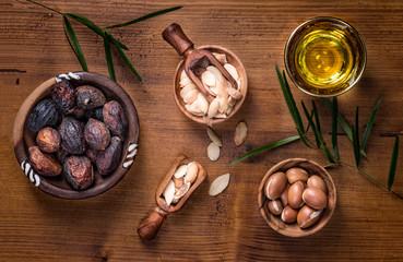 Argan fruit and oil composition