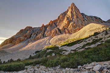 The Prominent Tower in Upper Taboose Creek at sunrise, Inyo National Forest, California, America, USA