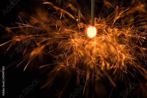 専横花火の火花