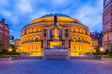 Photo sur cadre textile Opera, Theatre Illuminated Royal Albert Hall, London, England, UK at night