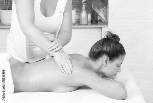 24 фото массаж