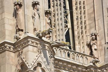 estatuas en la Catedral gótica de Burgos