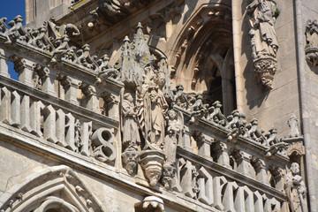 estatuas de piedra la Catedral de Burgos