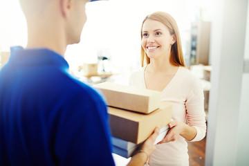 Delivering a parcel