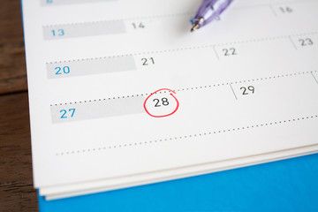 Red circle mark on the calendar at 28th