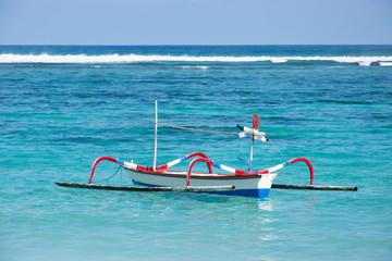 Traditionelles Fischerboot, Strand Bali