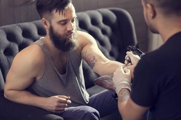 Making a tattoo