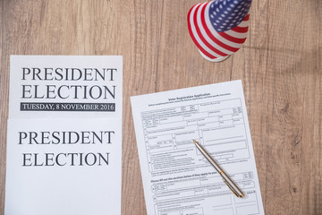 Registration form for presidential election 2016 with flag of usa