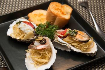 pasta delicious spaghetti seafood in shell
