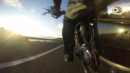 biker seen from the left side