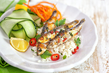 Healthy sardines with zucchini and lemon