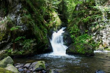 Wasserfall in den Tropen