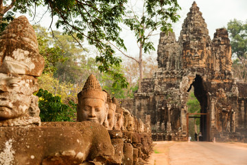 Faces at the entrance of Bayon Temple in Angkor Wat, Cambodia Fototapete