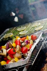 Fleisch und Gemüse vom Gril