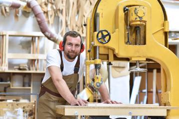 gmbh anteile kaufen+steuer GmbH als gesellschaft kaufen Holzverarbeitung gmbh hülle kaufen kaufung gmbh planen und zelte
