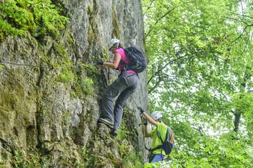 Querung an einer senkrechten Felswand