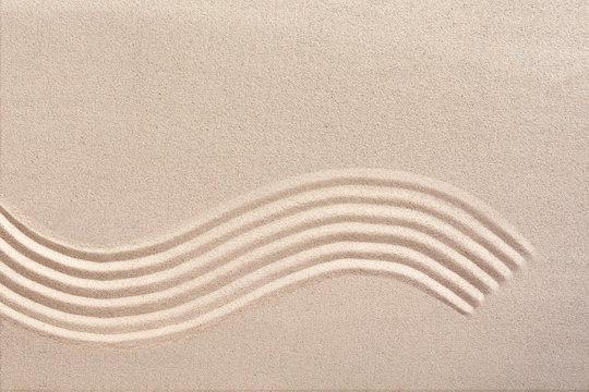 Curving wave pattern in a Japanese zen garden