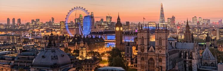 Phoo of London skyline at sunrise
