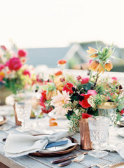 Set table with flowers