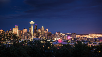 Fototapete - Seattle Skyline at Night