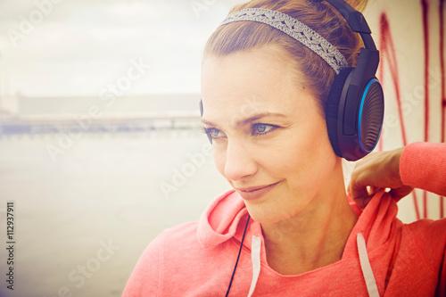 Adult Listening 73