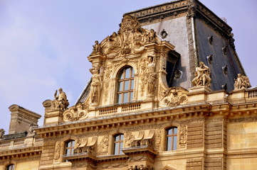 Louvre, das wohl berühmteste Museum der Welt -  Pavillon de l´Horloge