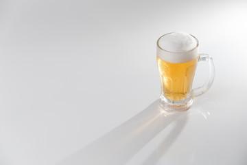 ビール・白バック