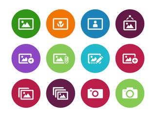Photographs and Camera circle icons.