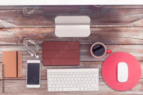 Schreibtisch von oben home office mit computer und for Schreibtisch von oben