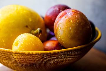 Fresh fruit in bowl