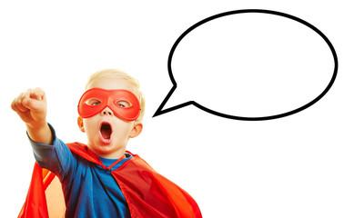 Kind als Superheld mit Sprechblase